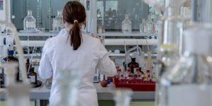 διπλασιασμό των διαθέσιμων πόρων στο Πρόγραμμα «Ερευνώ-Δημιουργώ-Καινοτομώ»
